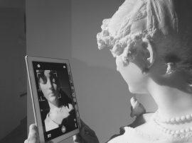 "Giuseppe Grandi ""Busto femminile (messaggero d'amore)"""